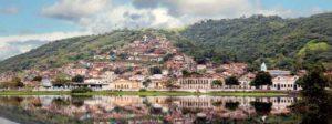 Blick von Cachoeira nach São Félix über den Fluss Paraguacu. Rechts sieht man das Centro Dannemann.