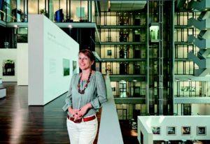 """""""Wir sammeln nicht im Stillen."""" Anne-Marie Beckmann, Art Collection Deutsche Börse"""