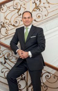 Ersin Soykandar, Niederlassungsleiter bei Merck Finck & Co, Privatbankiers in Frankfurt