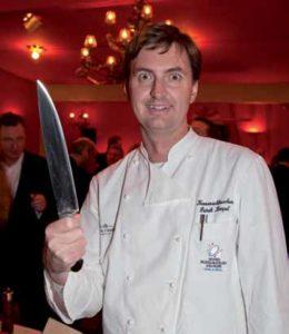 Patrick Kimpel mit seiner schärfsten Waffe