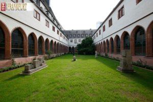 Das Institut für Stadtgeschichte im Karmeliterkloster gilt als das Gedächtnis Frankfurts