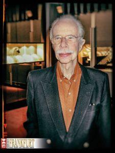Bereits 2003 führte uns Hans Stern durch seine Sammlung im Edelsteinmuseum der Firmenzentrale.