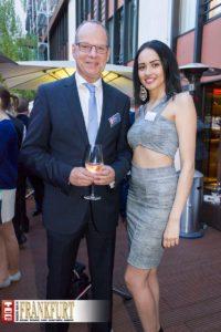 Dr. Daniel C. Schmid (MHK Group) mit Miss Deutschland Egzonita Ala