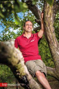 Naturverbunden - Seit über 20 Jahren schon bewirtschaftet Obstbauer Andreas Schneider den Apfelhain seiner Vorfahren
