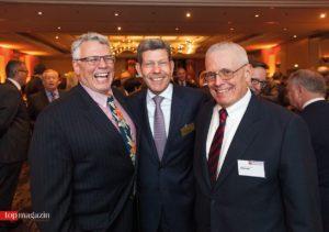 US-Generalkonsul James W. Herman, AmCham-Präsident und Leiter der Ford-Werke in Deutschland Bernhard Mattes mit Edward B. O'Donnell