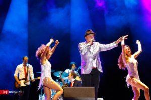 Lou Bega wird den Gästen mit der Hermes House Band einheizen.