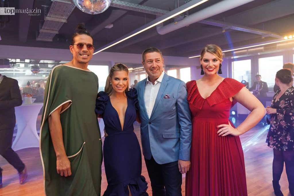 Die vereinte Let's Dance-Crew - Jorge Gonzales mit Sylvie Meis, Joachim Llambi und Angelina Kirsch