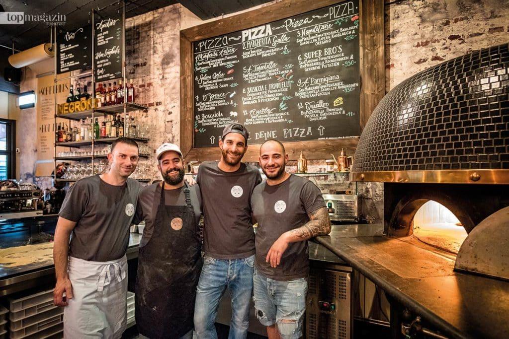 Super Bro's - Salvatore Chisari, Giuseppe Niceforo, Giovanni Martilotti und Valentino Mazzella