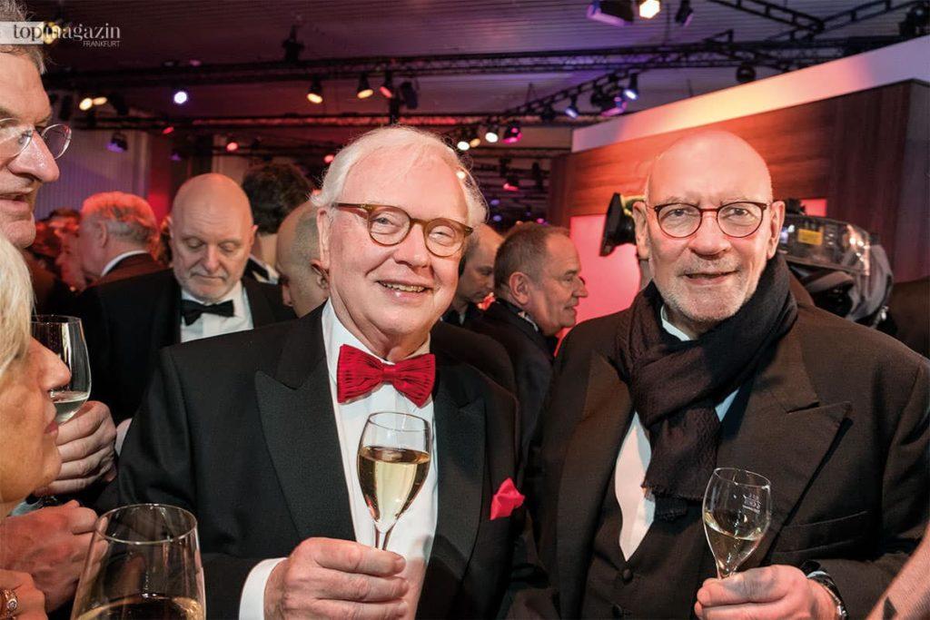 Geburtstagskind Michael Herrmann mit Unternehmer Claus Wisser