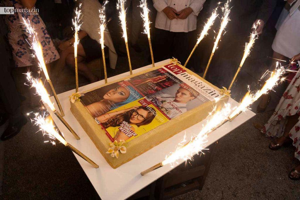 Feuer frei für die Top Magazin-Torte!