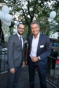 Stadtrat Jan Schneider mit Messechef Detlef Braun