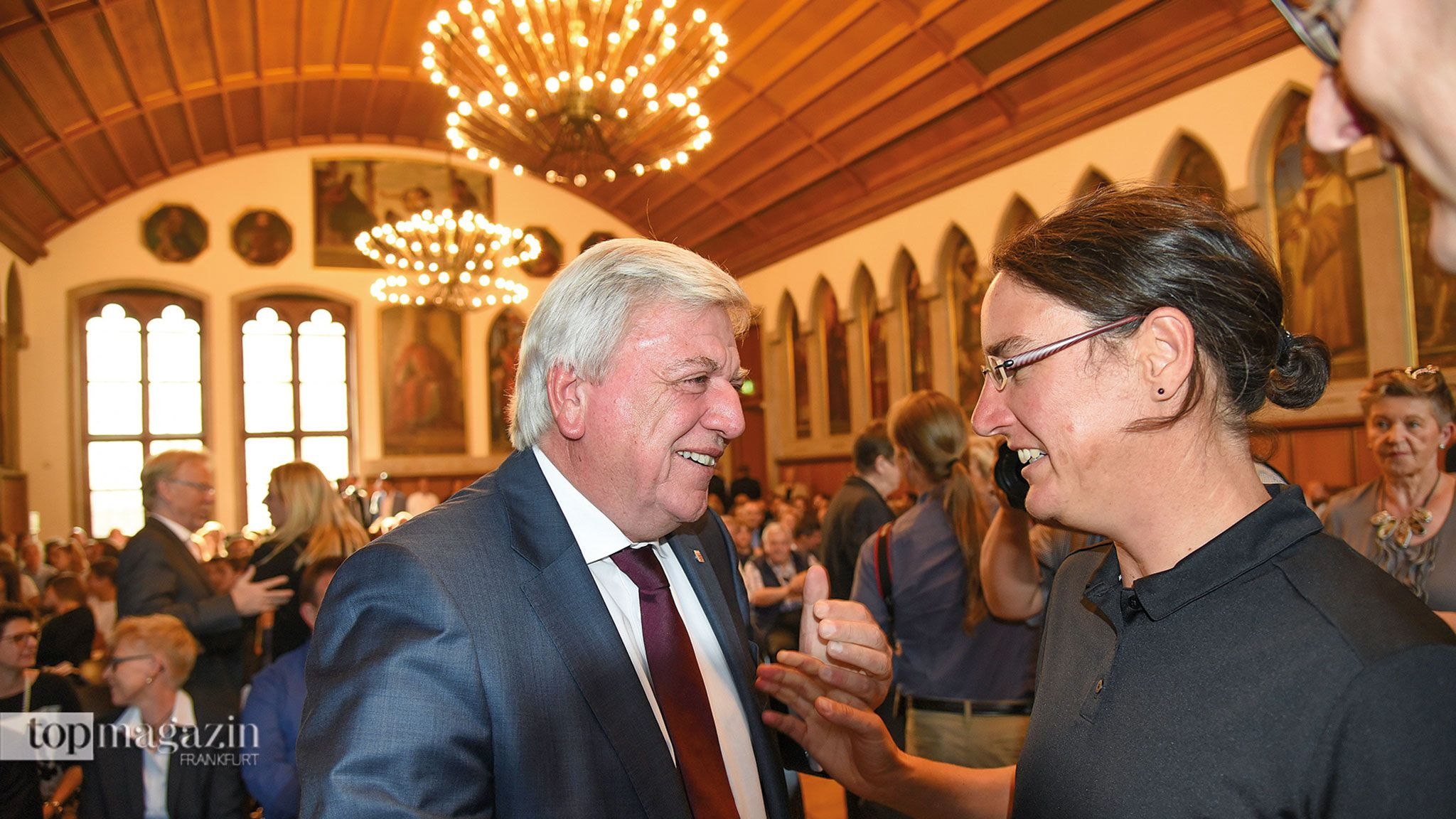 Der Hessische Ministerpräsident Volker Bouffier und die dreimalige Weltfußballerin Birgit Prinz