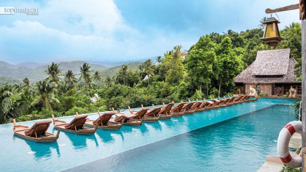 Der Infinity Pool des Santhiya Resort