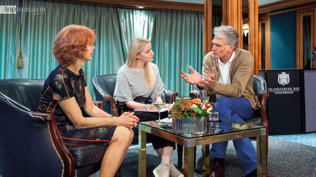 Sigrid Klausmann-Sittler und Walter Sittler im Gespräch mit Annika John