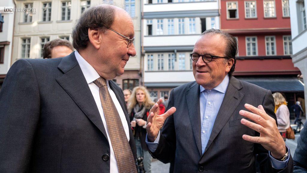 Architekt Christoph Mäckler und DomRömer-Geschäftsführer Michael F. Guntersdorf freuen sich über die Eröffnung