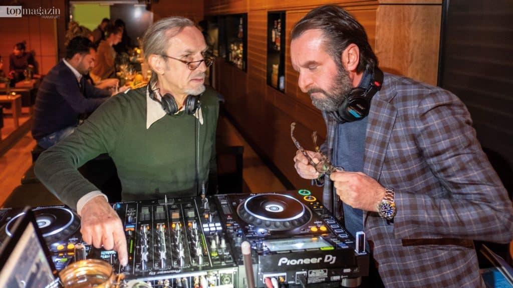 Die DJs George Klivinyi und Mario Vecera