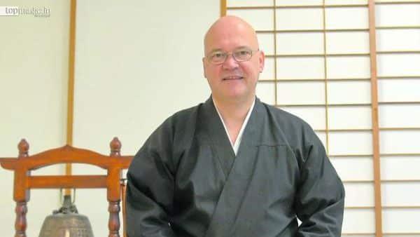TV-Reporter Achim Winter meditiert zweimal pro Jahr im Benediktushof in Holzkirchen bei Wertheim