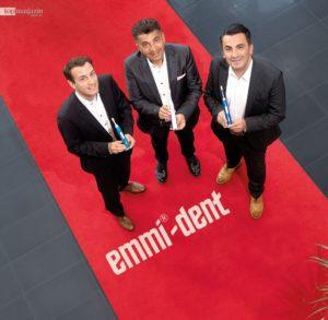 """Emmi-dent ist die weltweit erste Zahnbürste mit dem Zertifikat """"barrierefrei"""""""