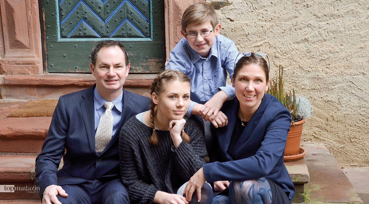 Sabine Kogge mit ihrer Familie